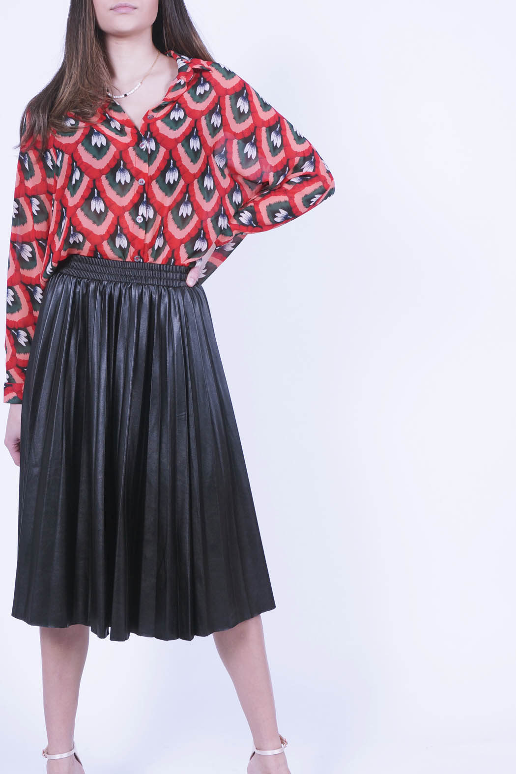 blada01 red pleated skirt black fr