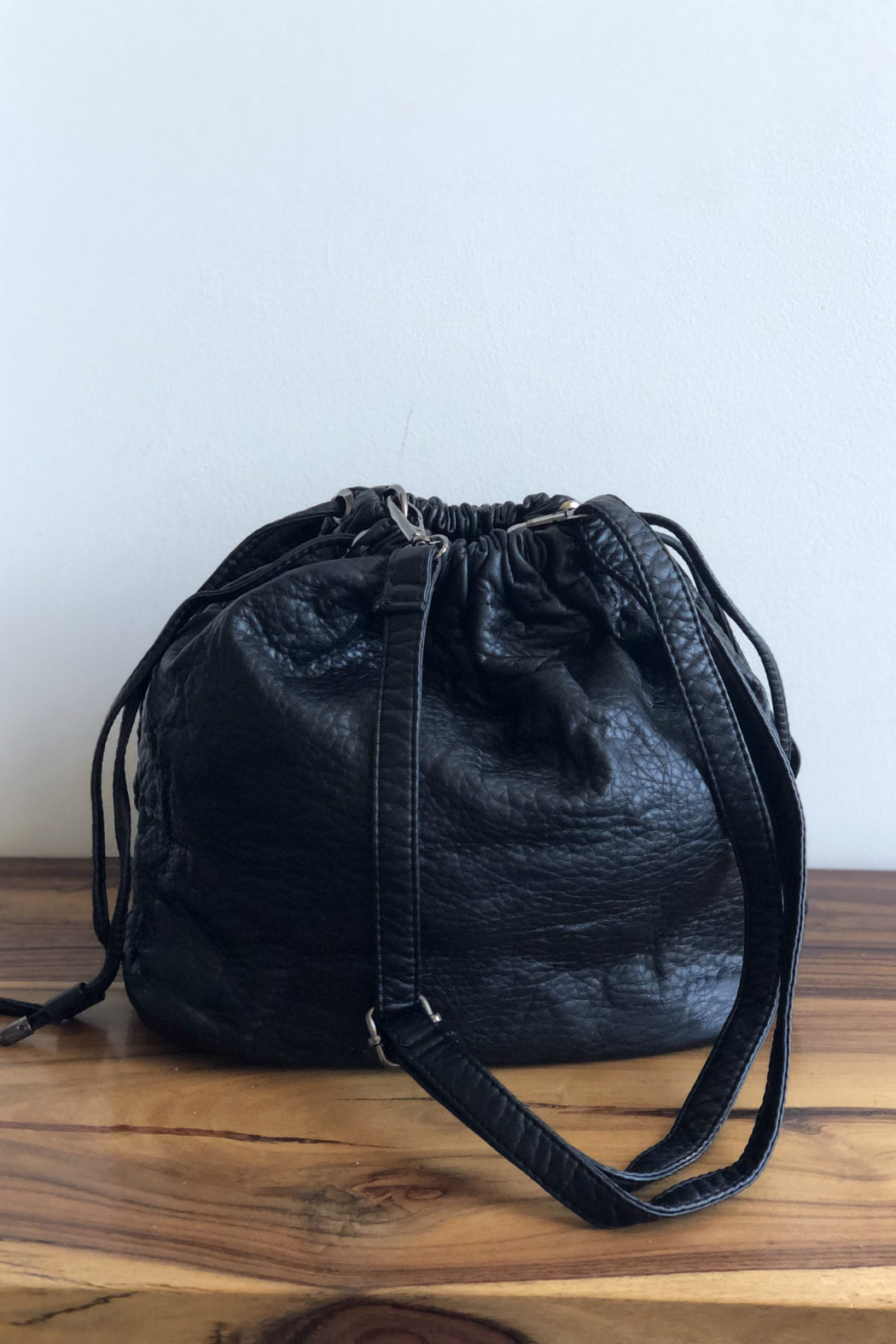 BAGUPOCKET-BLACK-BACK