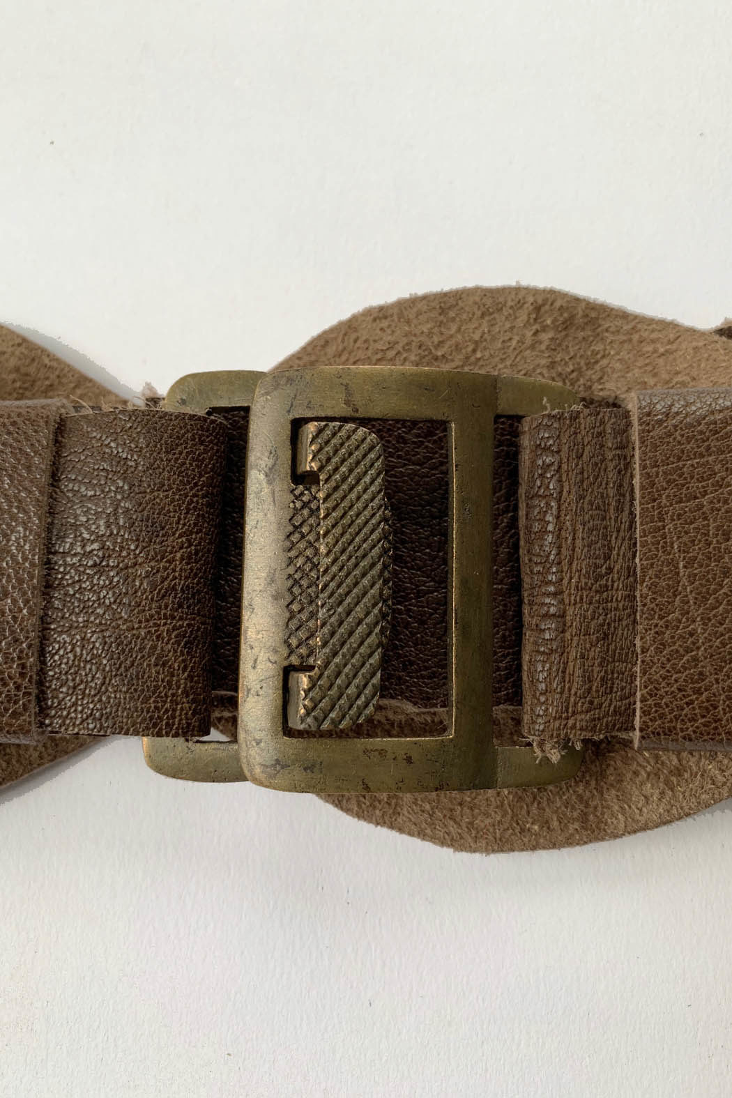 belt05 brown buck